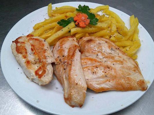 205. Pechuga de pollo a la Plancha  con Verduras