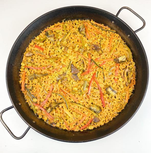 Paella de verduras de la huerta valenciana (Vegano)