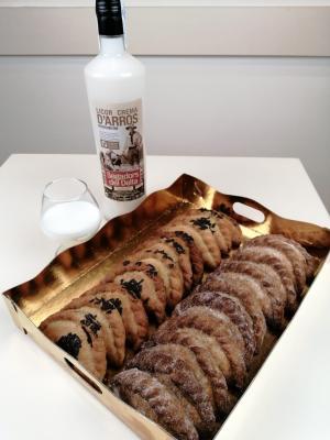 20 Pastissets + Licor de Arroz