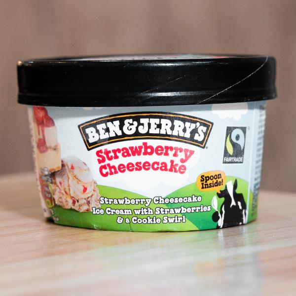 Helado Ben & Jerry's Strawberry Cheesecake (100ml)
