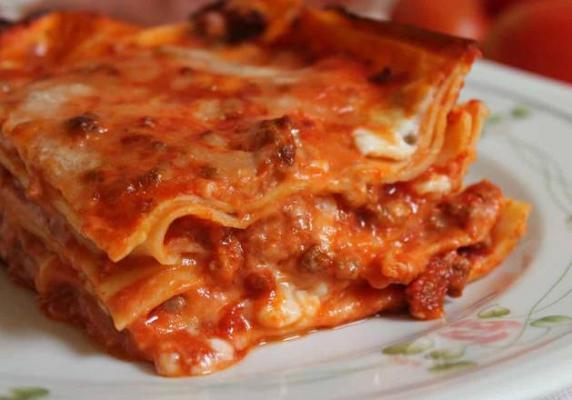 Menu Burrata y lasagna rustica de carne