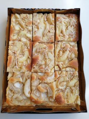 9 Coc de Manzana + Licor de Arroz